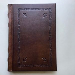 Barnes & Noble Giglio Leather Bound Journal